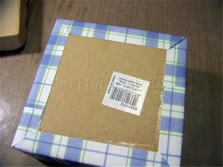 Apples_covering_box_bottom
